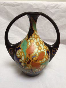 Regina - large handled vase
