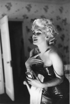 Ed Feingersh (1924-1961) - Marilyn Monroe, Chanel N° 5 - New York, 1955