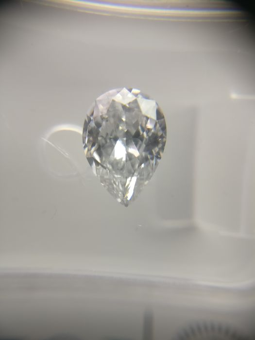 0.75 ct Pear cut diamond D SI1