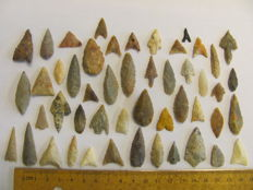 49 x Neolithic arrowheads - 18/36 mm (49)