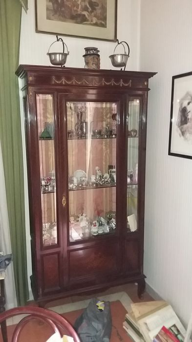 English Display Cabinet - 20th century