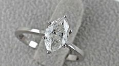 1.04 ct marquise diamond solitaire ring 14 kt gold - size 7,5