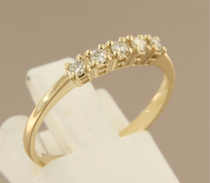 14 kt yellow gold ring set with brilliant cut diamonds, ring size: 17.25 (54)