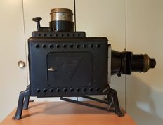 Epidiascope of Liesegang type Janus, and magic lantern Premium and glass slides