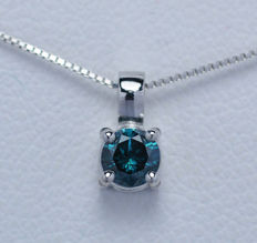 18Kt white gold pendant  with blue diamond of 0,21 ct. - 45 cm, IGI Report