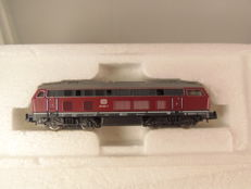 Roco N - 2150A - diesel locomotive Series BR 215 of the DB