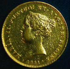 Portugal – 2.500 Reis in GOLD – D. Maria II – 1851 – Lisbon – Very Rare and Superb – AG: 43.01