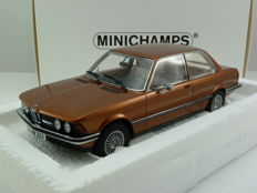Minichamps - Scale 1/18 - BMW 323i (e21) 1978 - Brown Met