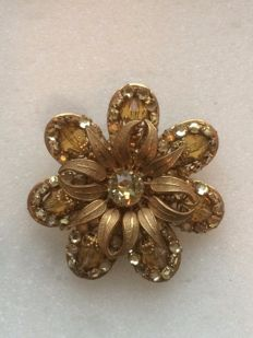 Stunning brooch by MIRIAM HASKELL, circa 1935
