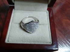 Cocktail ring - 18 kt white gold - Zirconias set in pavé Size: 13