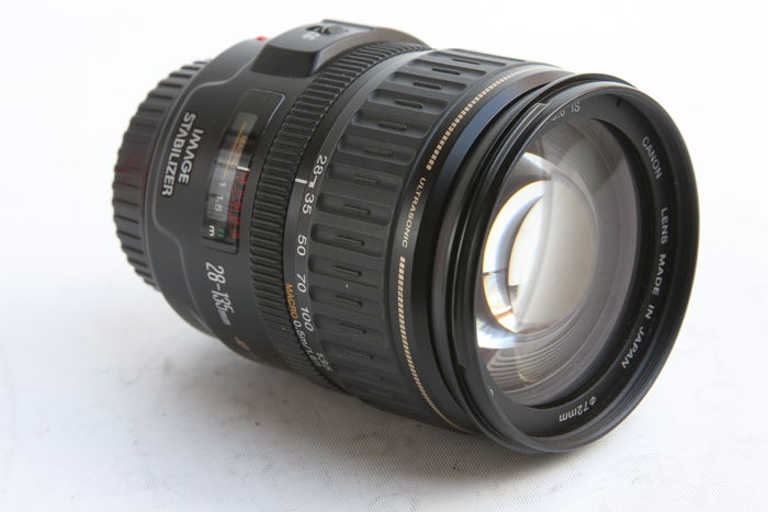 CANON lens: EF 28-135mm IS