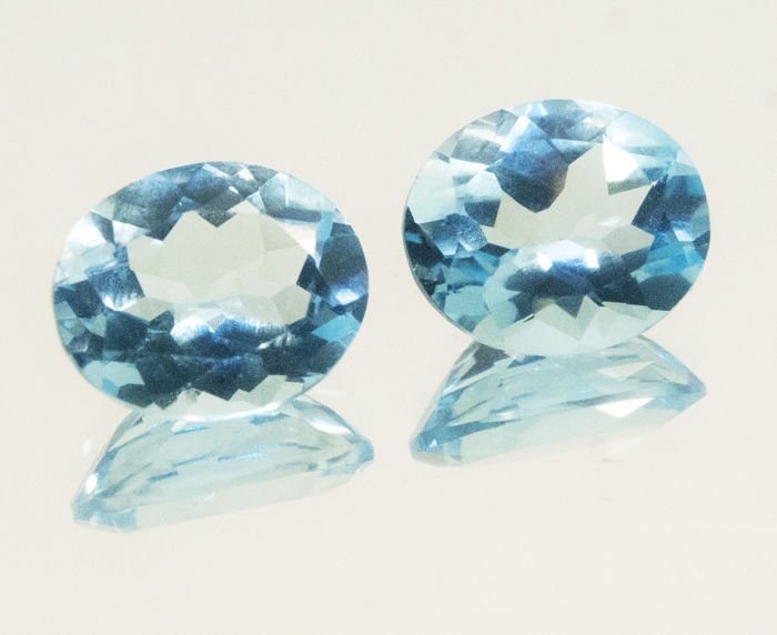 2 (pair) sky blue topazes– 9,87 ct total  No Reserve Price