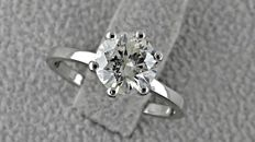 1.18 ct round diamond ring made of 14 kt white gold - size 6