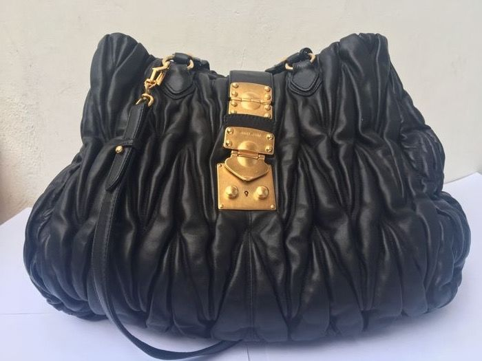 73f5659010a0 Miu Miu - Gaufre leather shoulder bag - Next to new condition - Catawiki