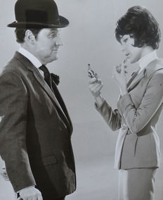 Unknown - The Avengers - Patrick Macnee and Linda Thorson - 1960s