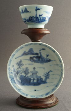 Cup and saucer with decorations of a house in a mountain river landscape - China - Qianlong period (1735-1796)