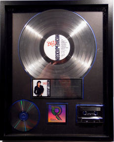Michael Jackson - Bad - real US RIAA Platinum Music Award ( goldene Schallplatte)  - original Sales Music Record Award ( Golden Record )