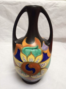 ESKAF - Large vase with handles