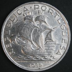 Portugal, Republic - 10 Escudos 1932 - silver