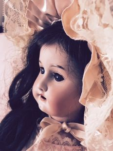 Antique doll - Heubach 250/2, Germany