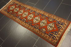 Magnificent hand-knotted oriental carpet, Indo Bidjar, Herati, runner, 60 x 190 cm, made in India, end of the 20th century