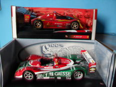 Hot Wheels - Scale 1/18 - Lot with two Ferrari F333 SP models