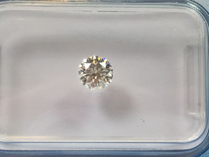 Brilliant cut diamond, 0.31 ct STW I VS 2 with HRD certificate