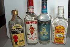 Gin Old Pensioner (1960s) & Gin Beefeater (1980s) & Gin Calvert (1960s) & Gin Larios (1980s) - tot. 4 Bottles