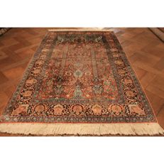 Magnificent handwoven silk carpet Kashmir silk Qom floral pattern natural silk 350 x 95 cm made in Kashmir