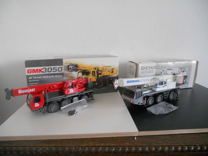 Conrad - Scale 1/50 - Lot with 2 models: crane trucks GMK3050 Blansjaar and DEMAG  AC50