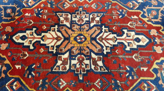 Original Hand-knotted Persian rug Bachtiar