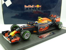 Minichamps - Scale 1/18 - Red Bull Racing TAG Heuer RB12 Formula 1 - Max Verstappen - 3rd GP Brazil 2016