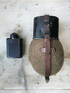Wehrmacht small lot -Water Canteen & Bakelite ZEILER flashlight