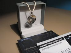 Lunar Meteorite Necklace : A piece of the Moon set in a white gold matrix