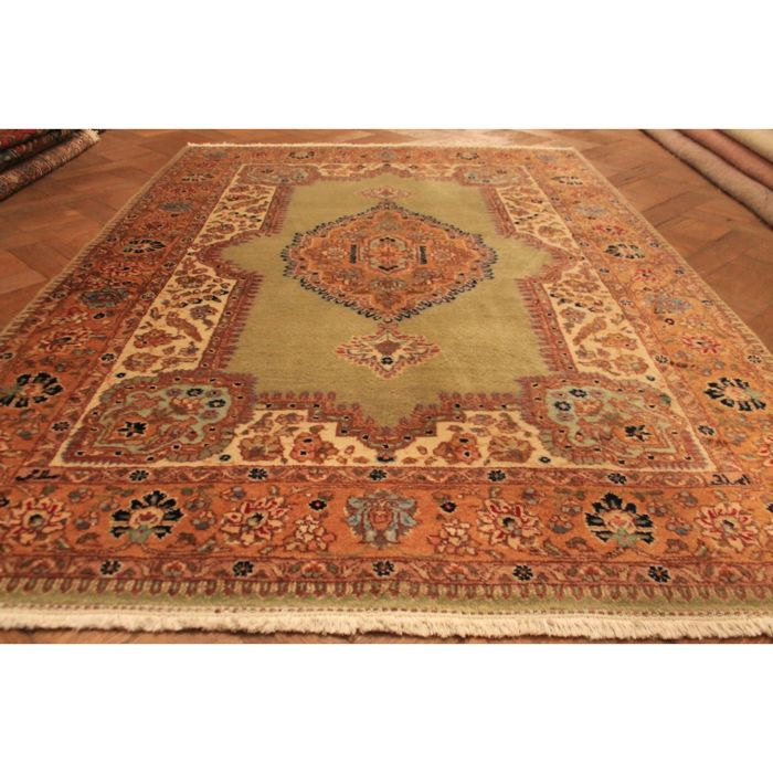 Royal Jugendstil Tabriz Tabatabai, made in Iran, end of the 20th century, 200 x 140 cm, good condition