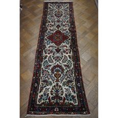 Unique Persian carpet, Sarouk, Hamadan, runner, best wool, natural dyes, made in Iran, 280 x 80 cm, like new