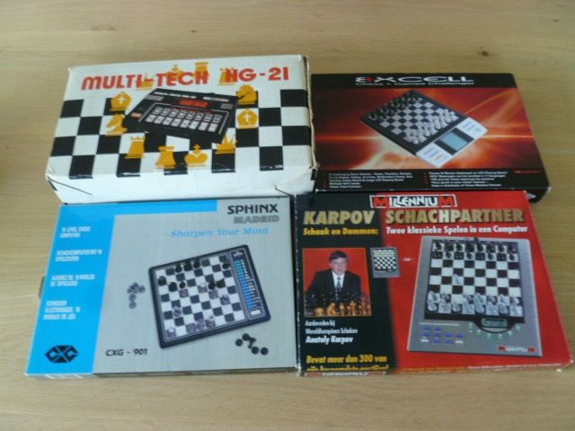 Lot of chess computers - Catawiki