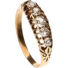 18 kt - Yellow gold tooled ring set with five diamonds of approx. 0.39 ct in total, old cut - ring size: 17.25 mm