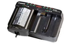 Canon/ Battery Charger/ LC-E4