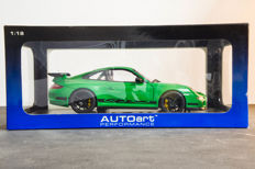 AUTOart - Scale 1/18 - Porsche 911 (997) GT3 RS - Green