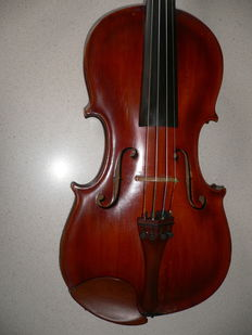 Old German violin, Stainer model with beautiful deep sound