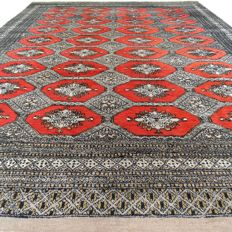 """Bukhara - 297 x 217 cm - """"Persian carpet in beautiful condition"""" - With certificate"""