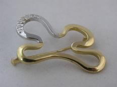 19.2K Gold brooch