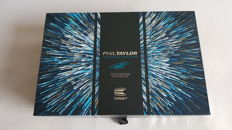 PHIL TAYLOR MATCHPLAY LIMITED EDITION Signed number 973 of 1000 - Darts - 2017 - new.