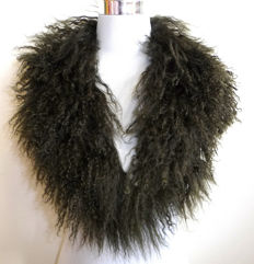 Mint condition fur collar Tibetan lamb Tibet lambskin Mongolian collar stole