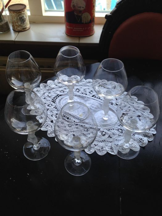 Bayel (France) - 6x wine glass with frosted figures