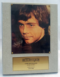 Signed and numbered Mark Hamill plaque, catch a star collectibles inc.