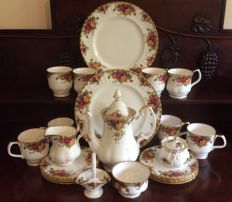 23 items Royal Albert fine china Old Country Roses design coffee service