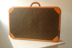 Louis Vuitton – Stratos suitcase, 80 cm.