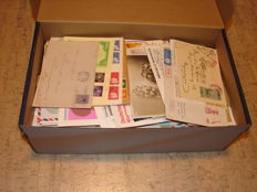 World - Box with 610 letters, covers, postal value items, military post, censored, polar expedition, tax, specialities.